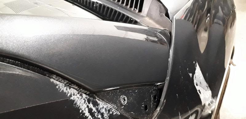 Naprawa wgnieceń w karoseii samochodu 39